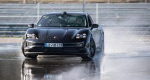 Porsche Taycan: una derapata lunga 42 km!