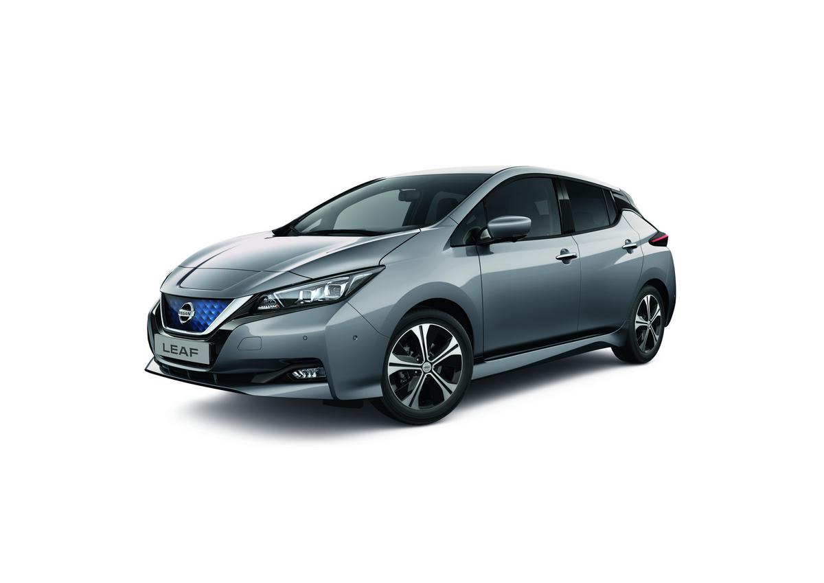 Debutta ufficialmente il MY 2021 dell'auto elettrica nipponica — Nissan LEAF