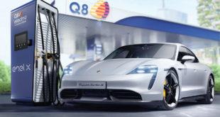 """Porsche Taycan, il """"pieno"""" si fa al distributore"""